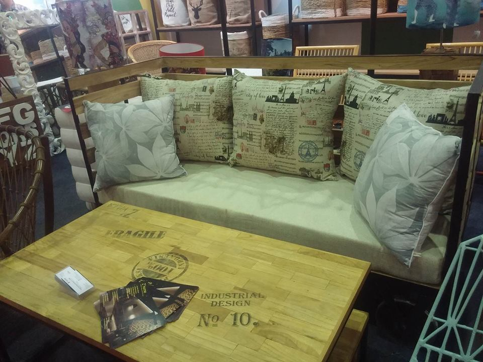 furniture indonesia, zhome, meja