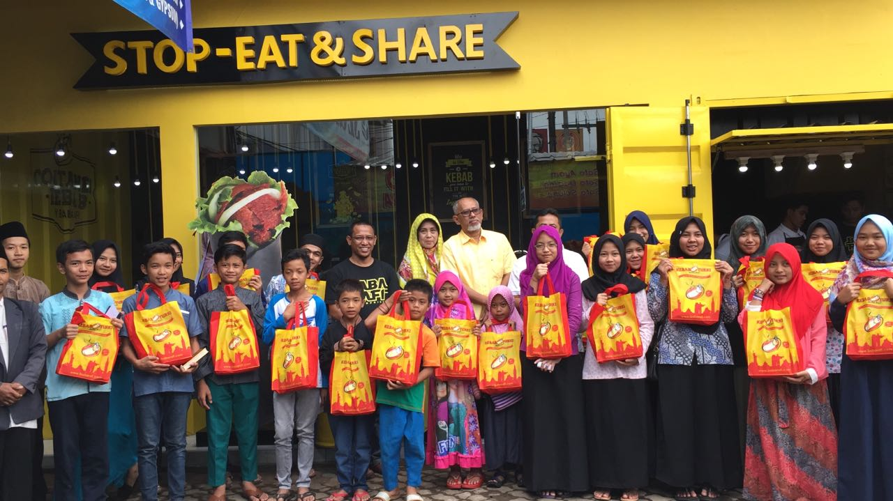 Container Kebab Baba Rafi   Sumber: Indoblognet